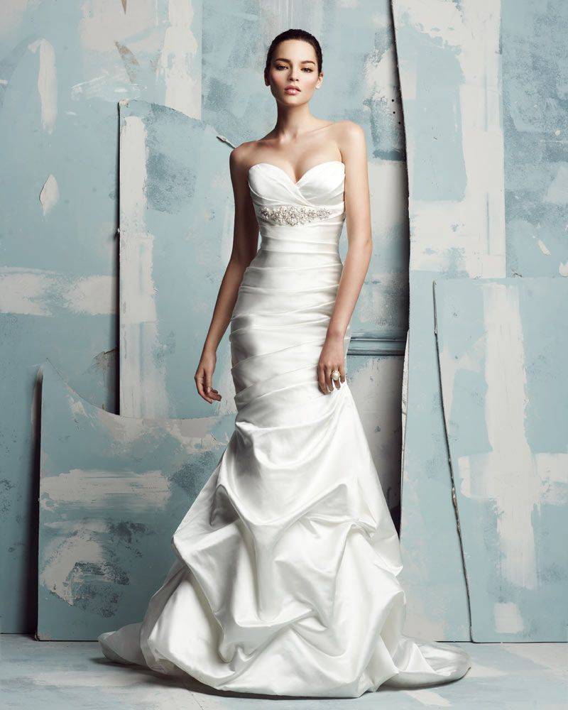 Recycled wedding dresses  Paloma Blanca Wedding Dress Classics Collection u Style