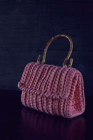 Fesche Tasche häkeln | Tasche häkeln, Häkeln und Schick