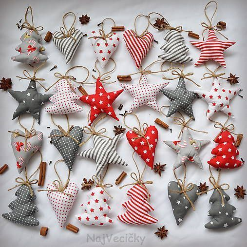 Christmas tree decoration. Very simple, 15 stuffed triangles with small baubles …