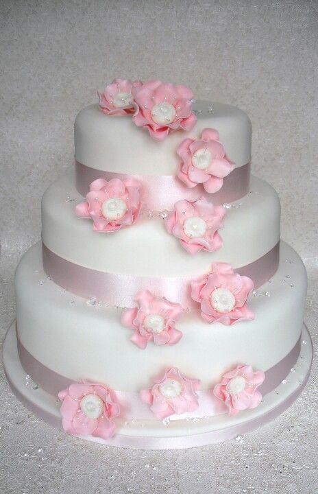 bling wedding cake !