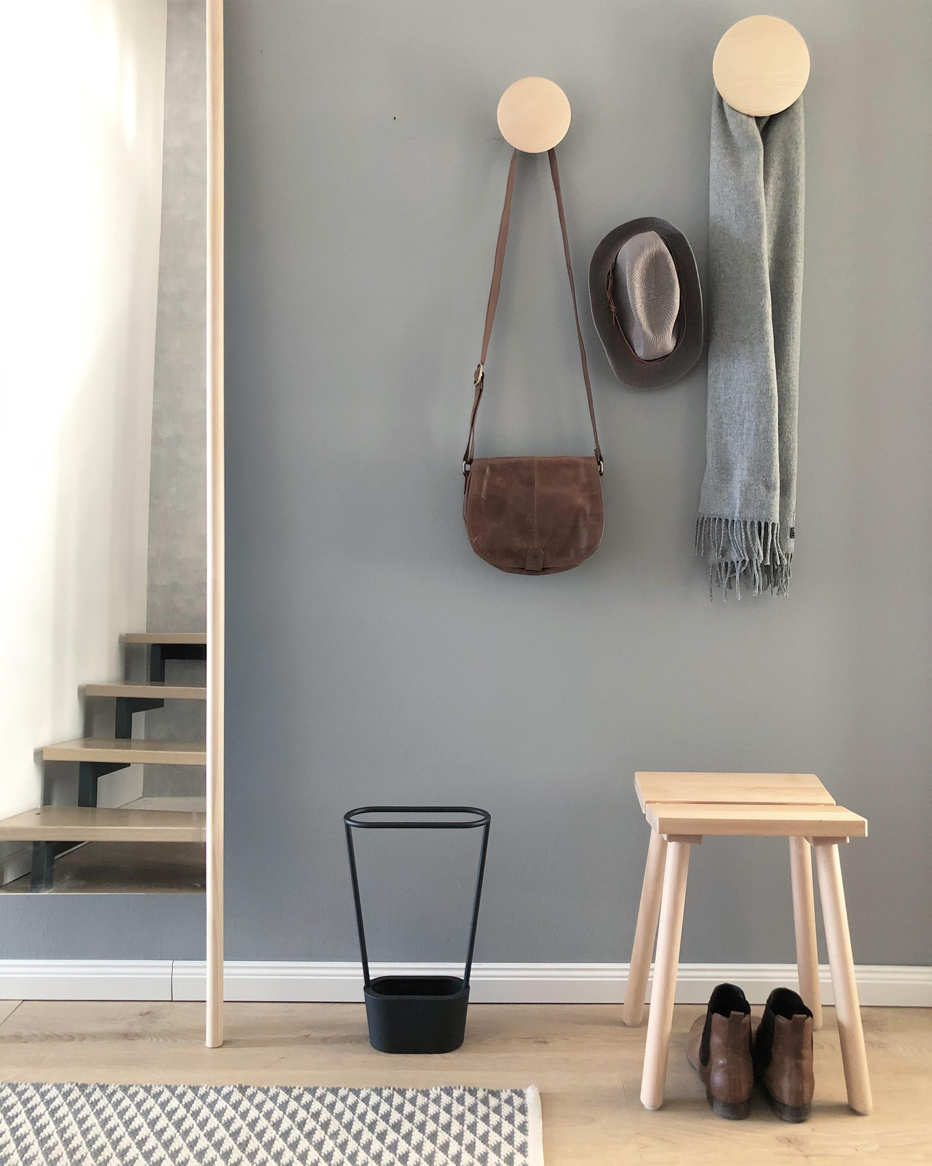 Garderobeninspo Garderobe Flur Diele Garderobe Diele Flur Flurfarbe Garderobe Garderobe In 2020 Hallway Decorating Scandinavian Interior Style Interior