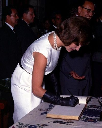 Jacqueline Kennedy visiting the National Institute of Anthropology and History in Mexico, June 29th 1962