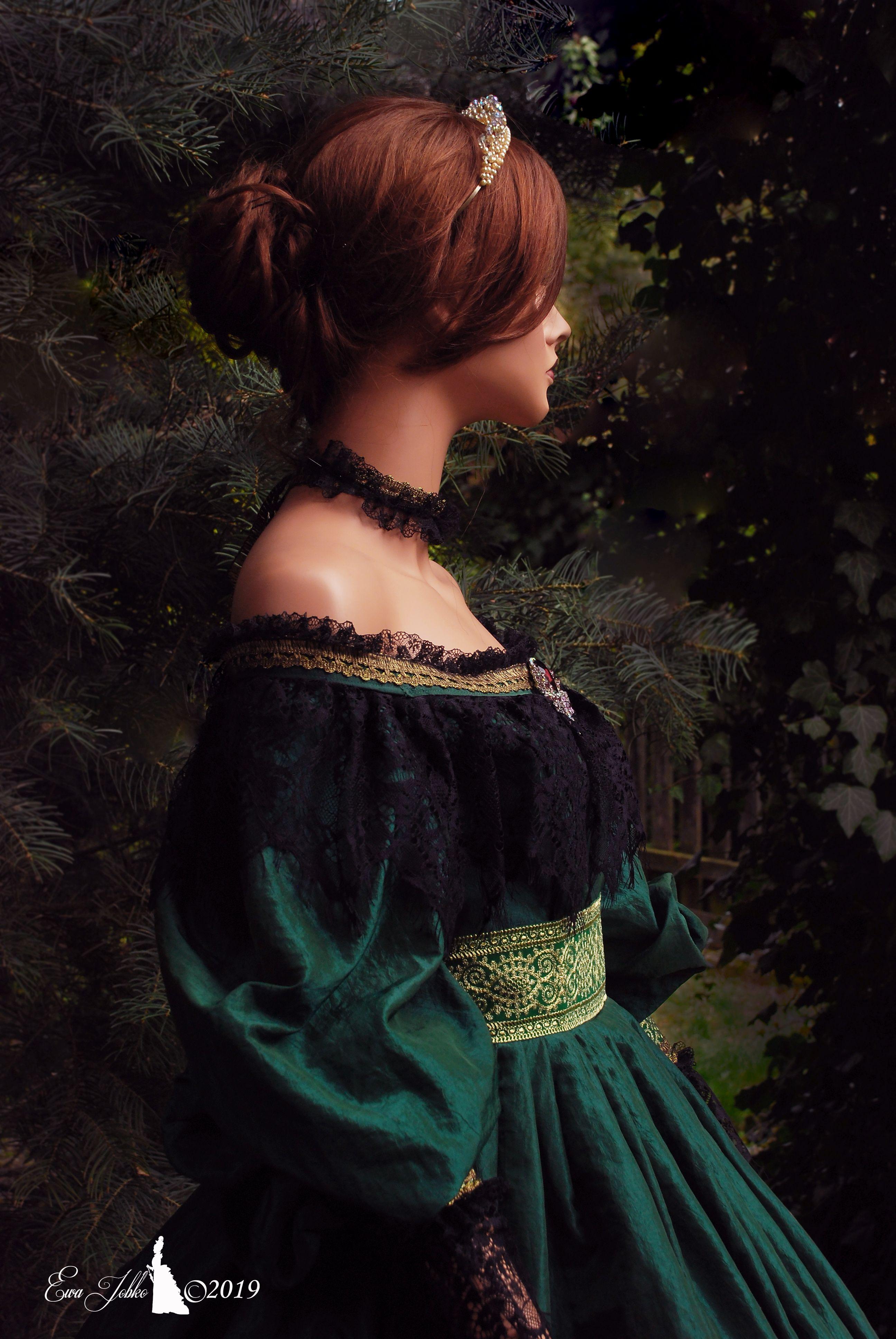 Dress ''QUEEN VICTORIA'' ,historical Victorian dress in