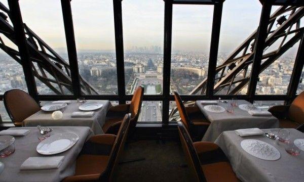 Jules Vernes Restaurant Eiffel Tower