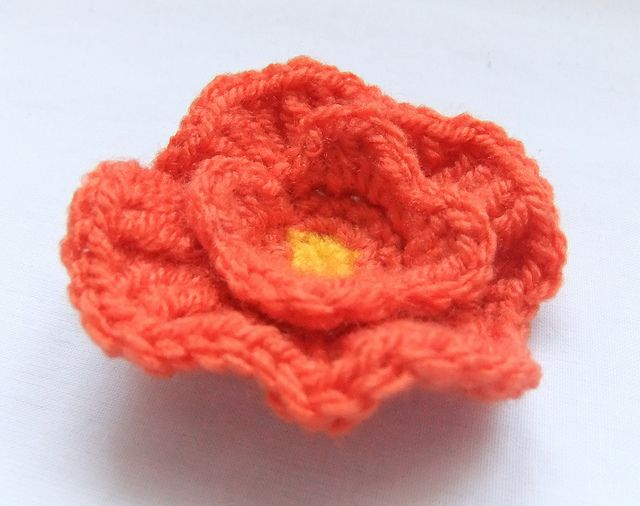 California Poppy Crochet pattern (IV) by Siona Karen, via Flickr ...