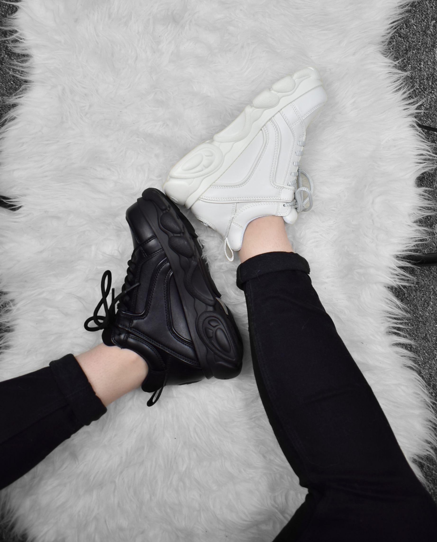 Buffalo Corin Black and White | Fashion