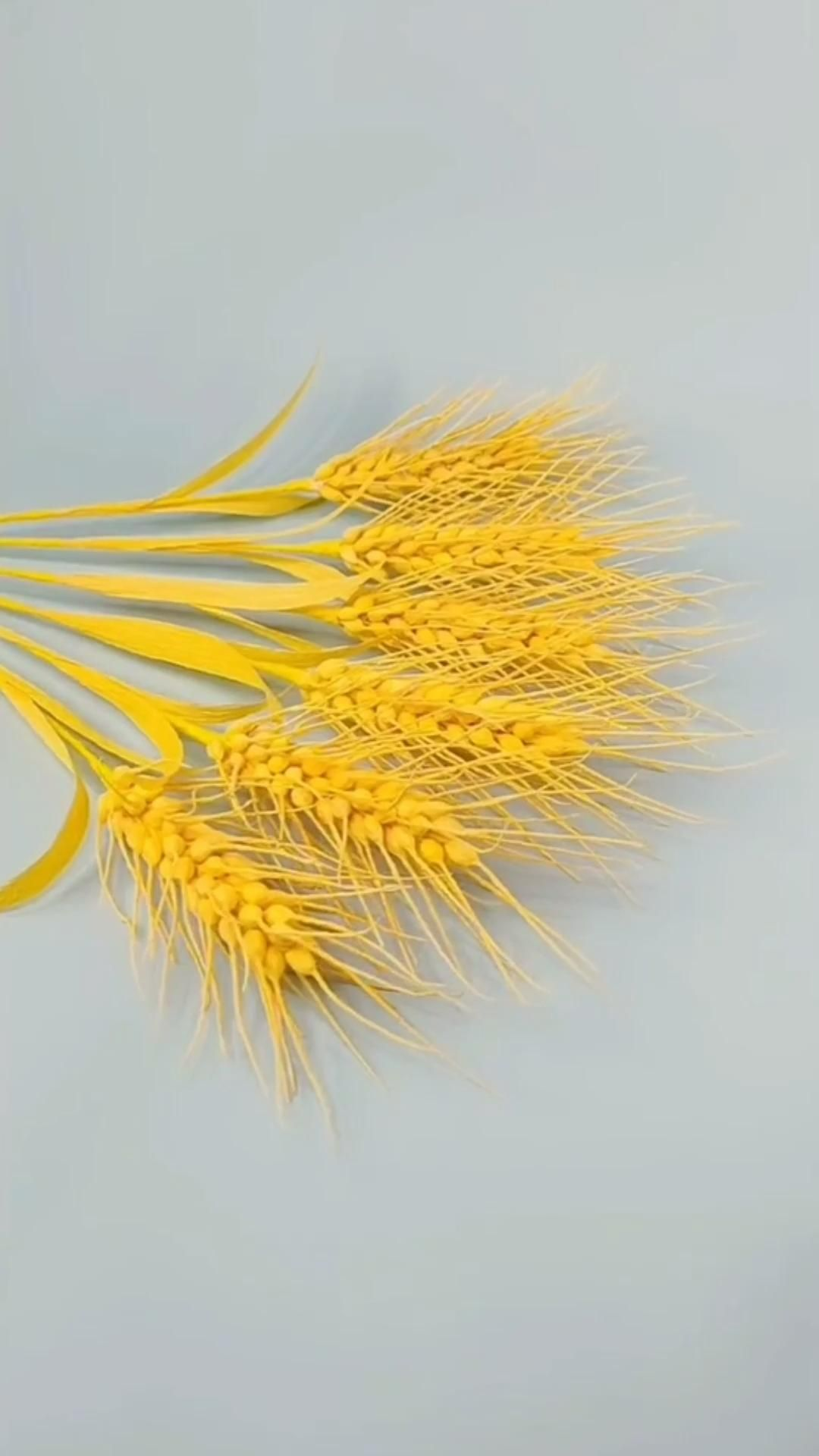 Photo of Golden Wheat Crepe Paper Craft Idea
