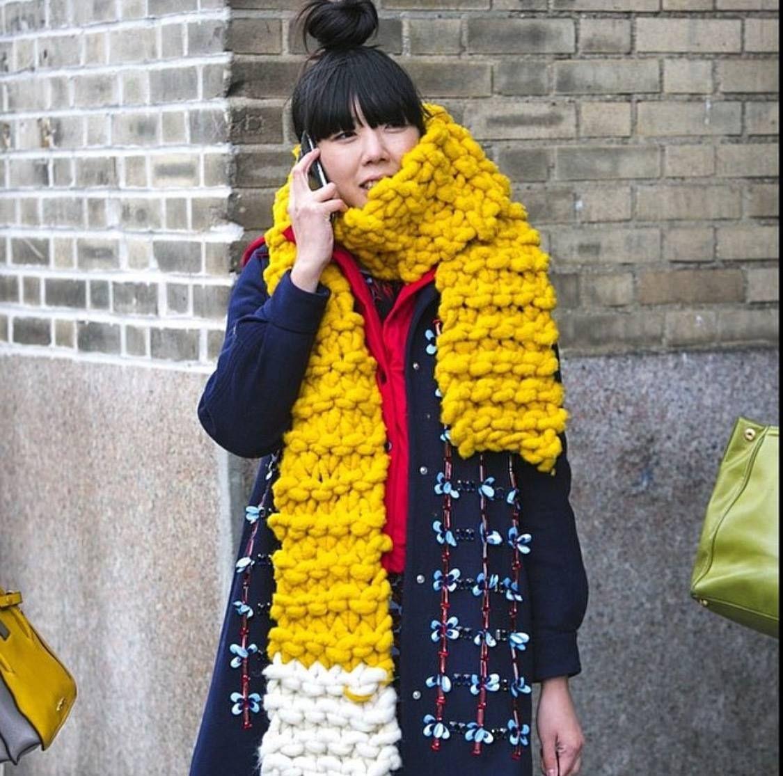 Loopy Mango scarf