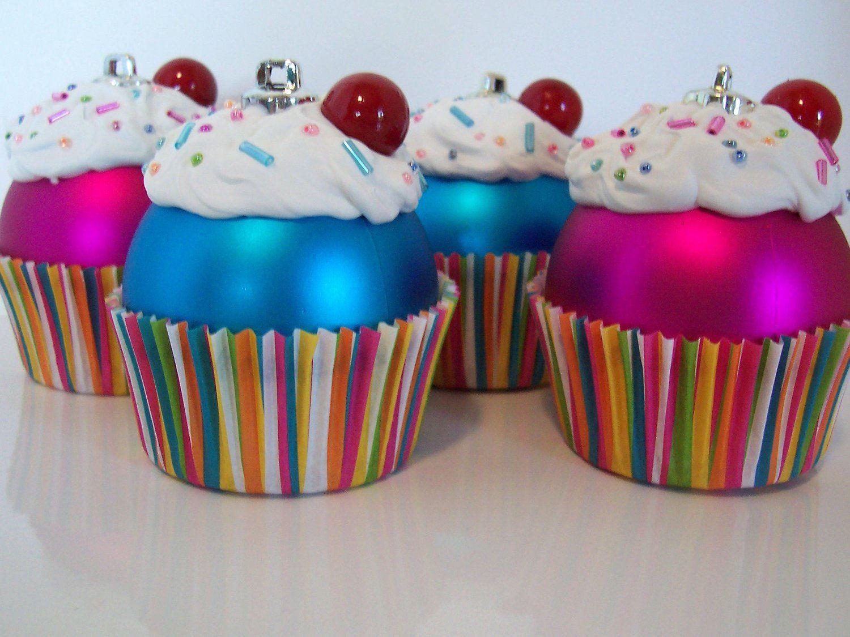 Des cupcakes pour votre sapin de Noël!! | Noel, Boule de noel