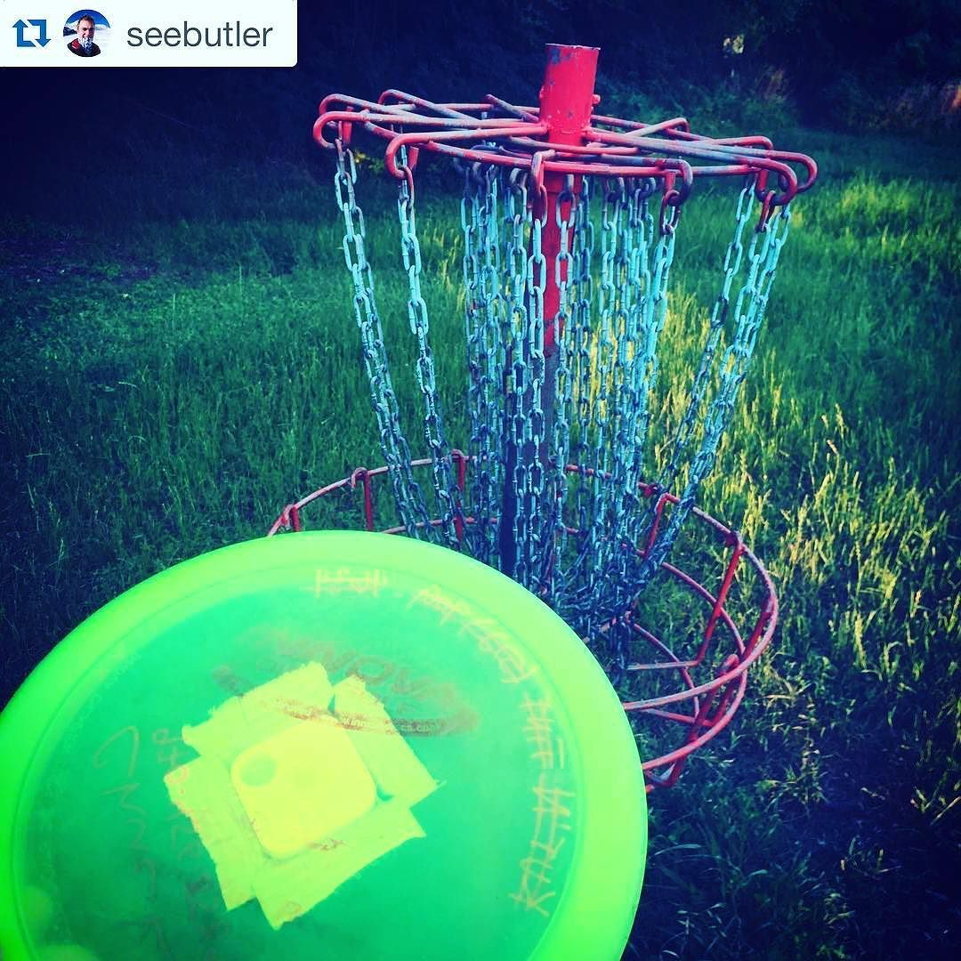 Coolest thing ever! Never lose your frisbee!  #Repost @seebutler  New toys #tiledit #discgolf #atxlife #ducttape #tiledit  www.thetileapp.com