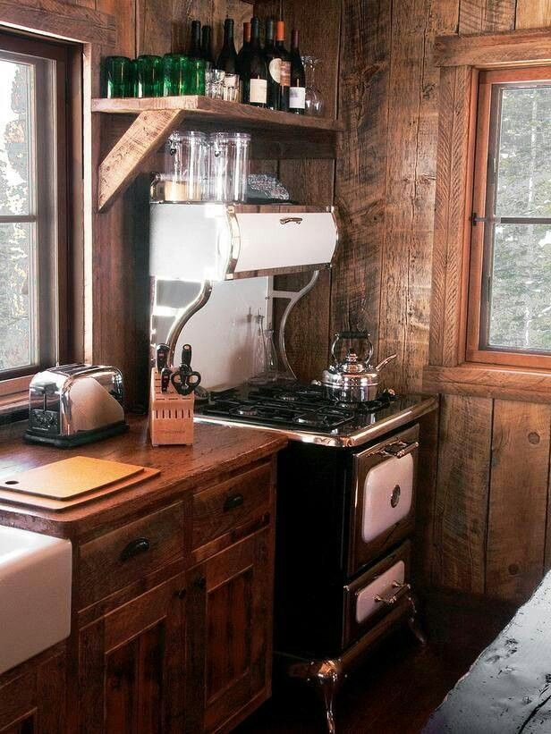 Love That Vintage Stove. Rustic Cabin Kitchens ...