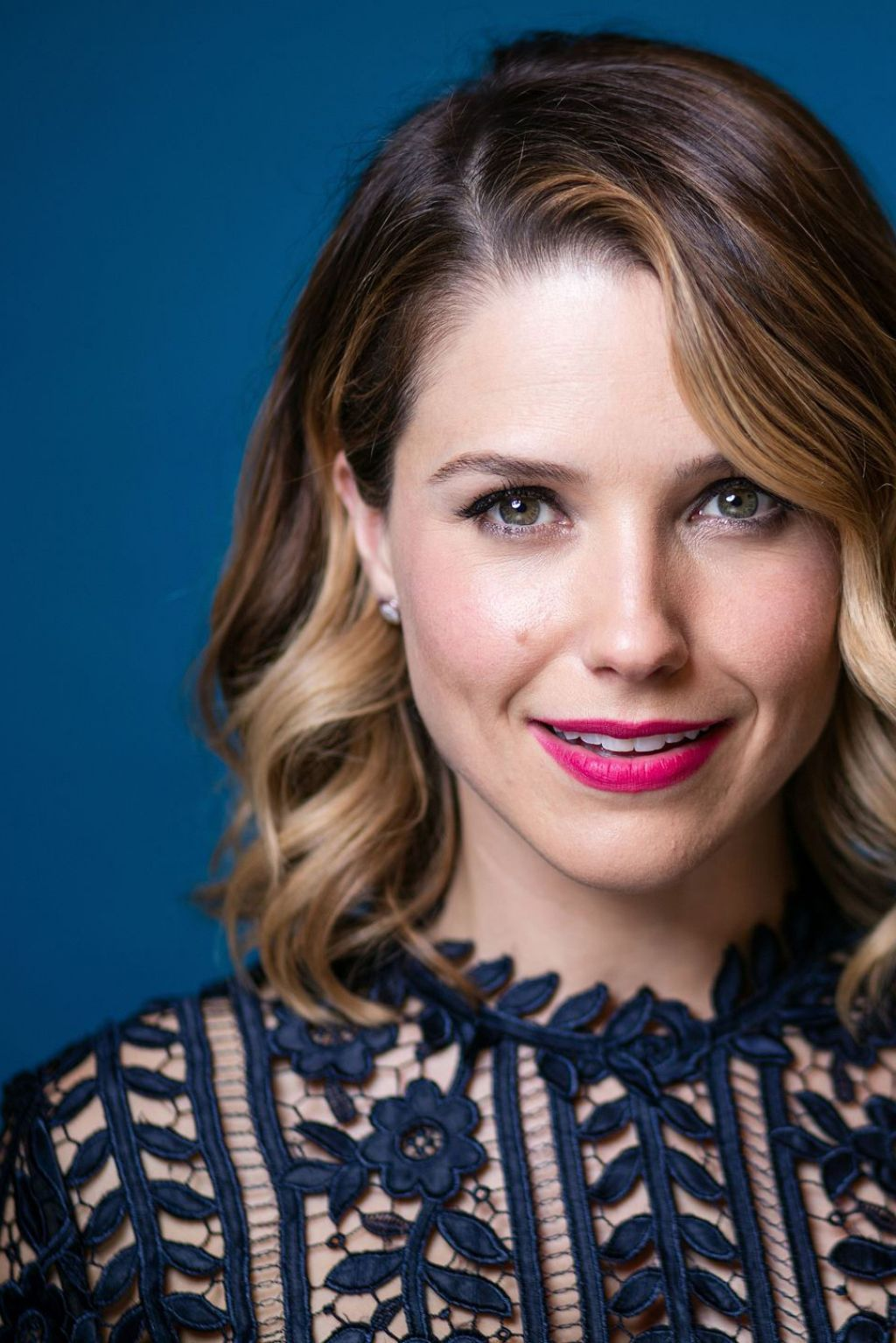 Forum on this topic: Sophia Bush's Bold Makeup Just Won The , sophia-bushs-bold-makeup-just-won-the/
