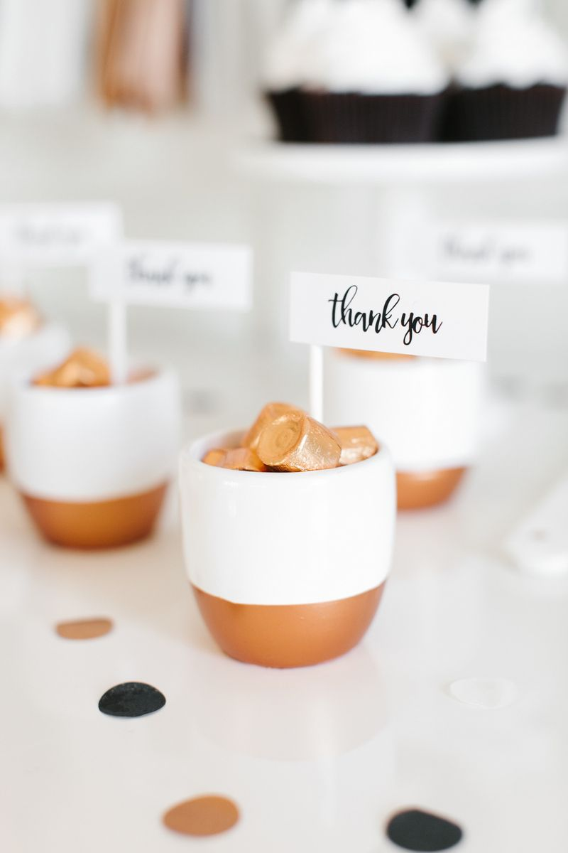 DIY COPPER WEDDING FAVORS WITH HERSHEY\'S ROLOS | Free printable ...