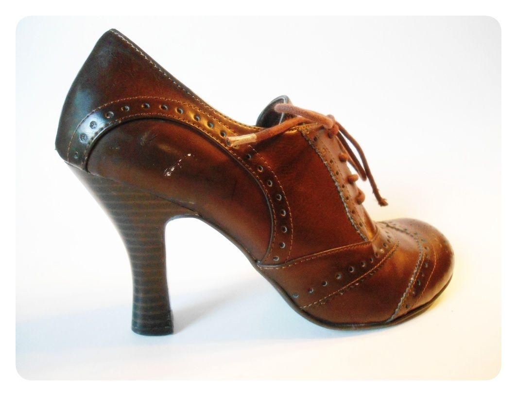UNLISTED Womens BROWN Vegan Granny HEELS Shoes SZ 8.5 Wingtip ...
