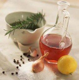 making-essential-oils.jpg 253×258 piksel
