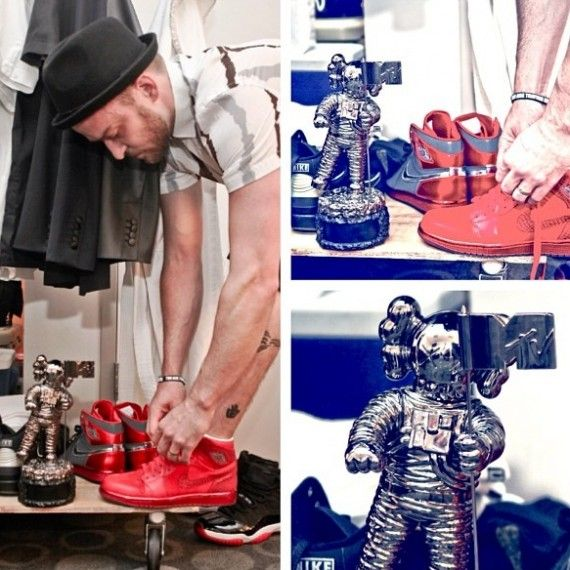 292fc9adafad Justin Timberlake x Air Jordan 1 - Silver Red