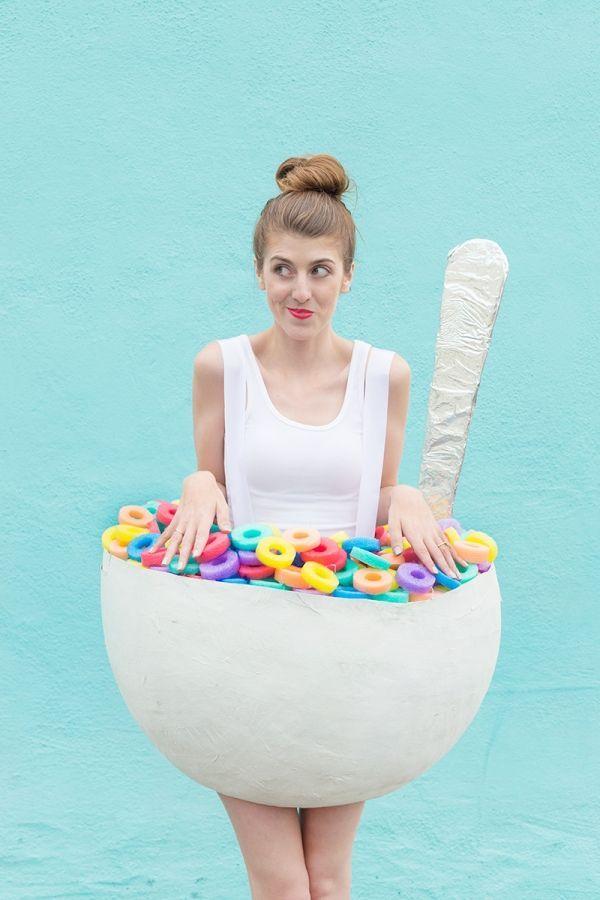 DIY Cereal Bowl Costume - Studio DIY  sc 1 st  Pinterest & DIY Cereal Bowl Costume | Cereal bowls Costumes and Halloween costumes