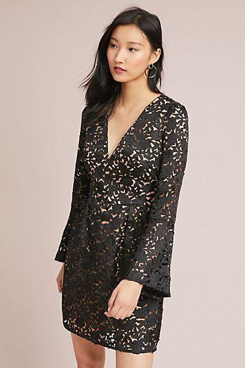 bc1eefbdd10 ML Monique Lhuillier Aurora Lace Dress