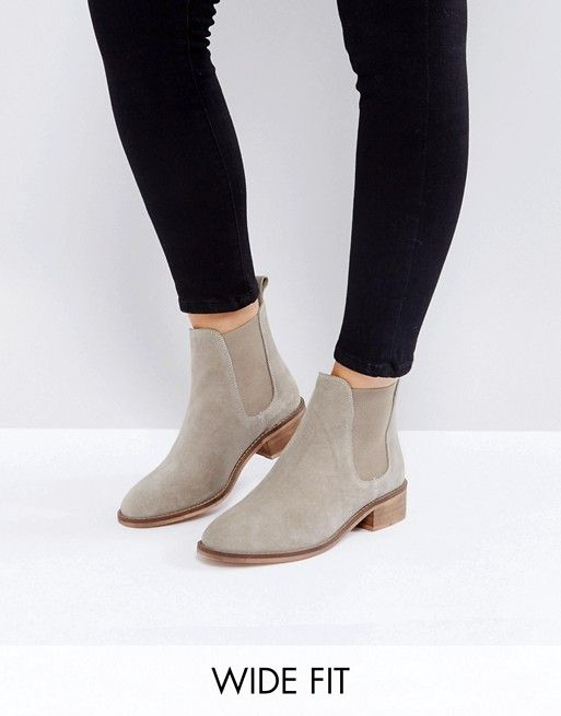 54fdf723876f ABSOLUTE Wide Fit Suede Chelsea Ankle Boots
