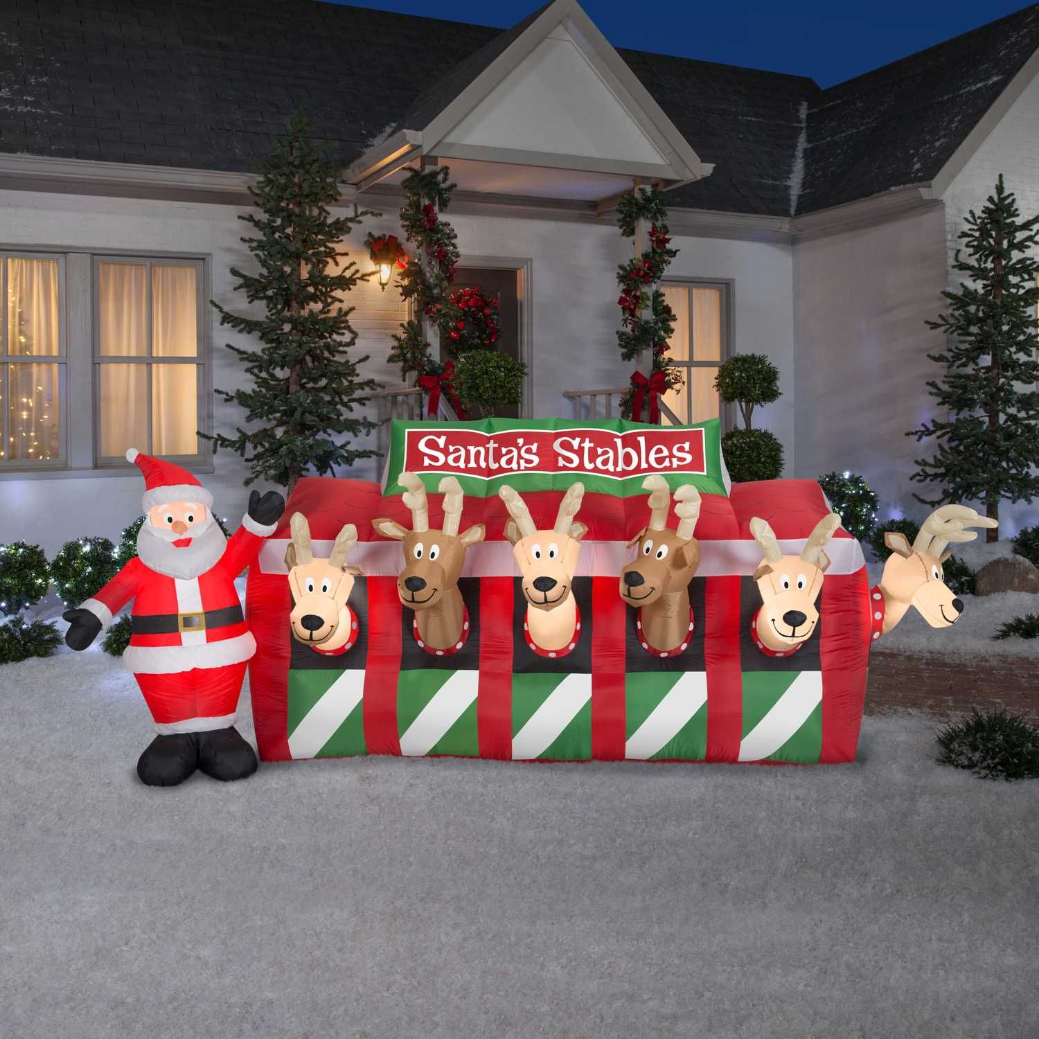 Znone Airblown Santa S Stables Christmas Inflatable Multicolored Polyester 1 Pk Ace Hardware Christmas Inflatables Christmas Outdoor Christmas Decorations