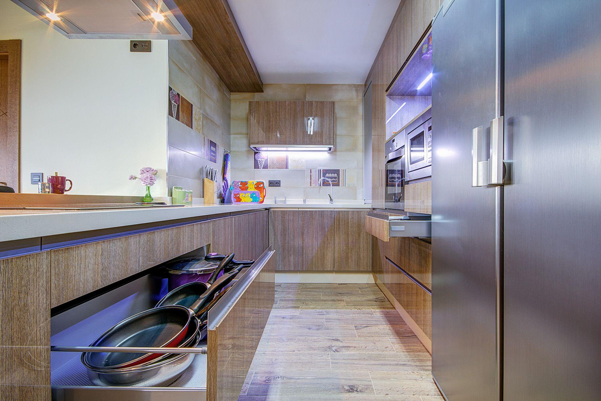 Comedor #Cocina #moderno #decoracion via @planreforma #accesorios ...