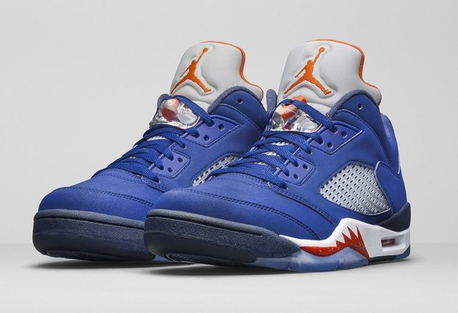 New York Knicks landed color Air Jordan 5 Low Low shoes type, bring a familiar and new eye-catching orange and blue colors. Royal blue nubuck leather shoes are presented, silver 3M reflective tongue Jumpman dotted with orange-red, highlighting the style of the Knicks, but also brought eye-catching effect, high degree of visual identification. http://www.cheapjordanmaxshox.com/