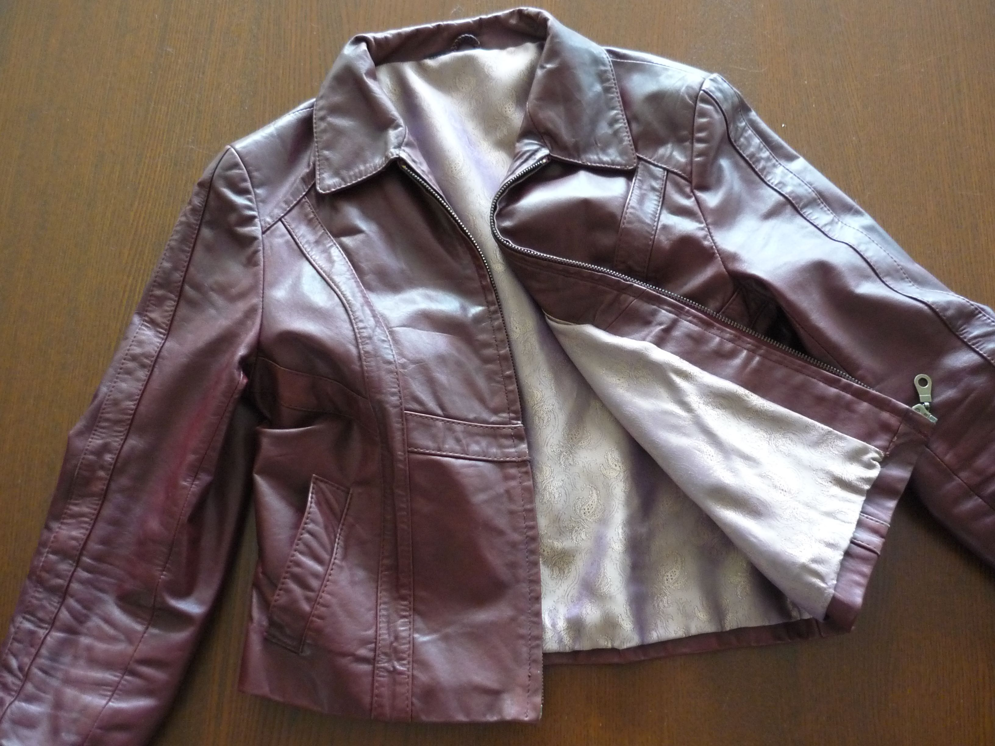 Fixing up an old leather jacket Part 2 Leather jacket