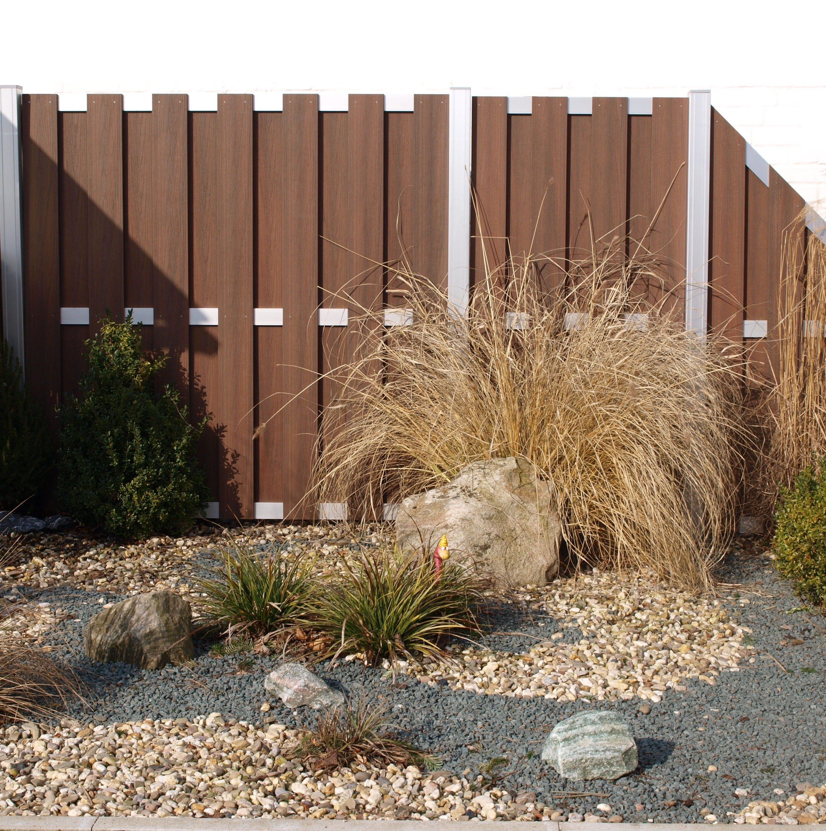 Beautiful Garden Wpc Fencing Lumber Plastic Fence For Sale In