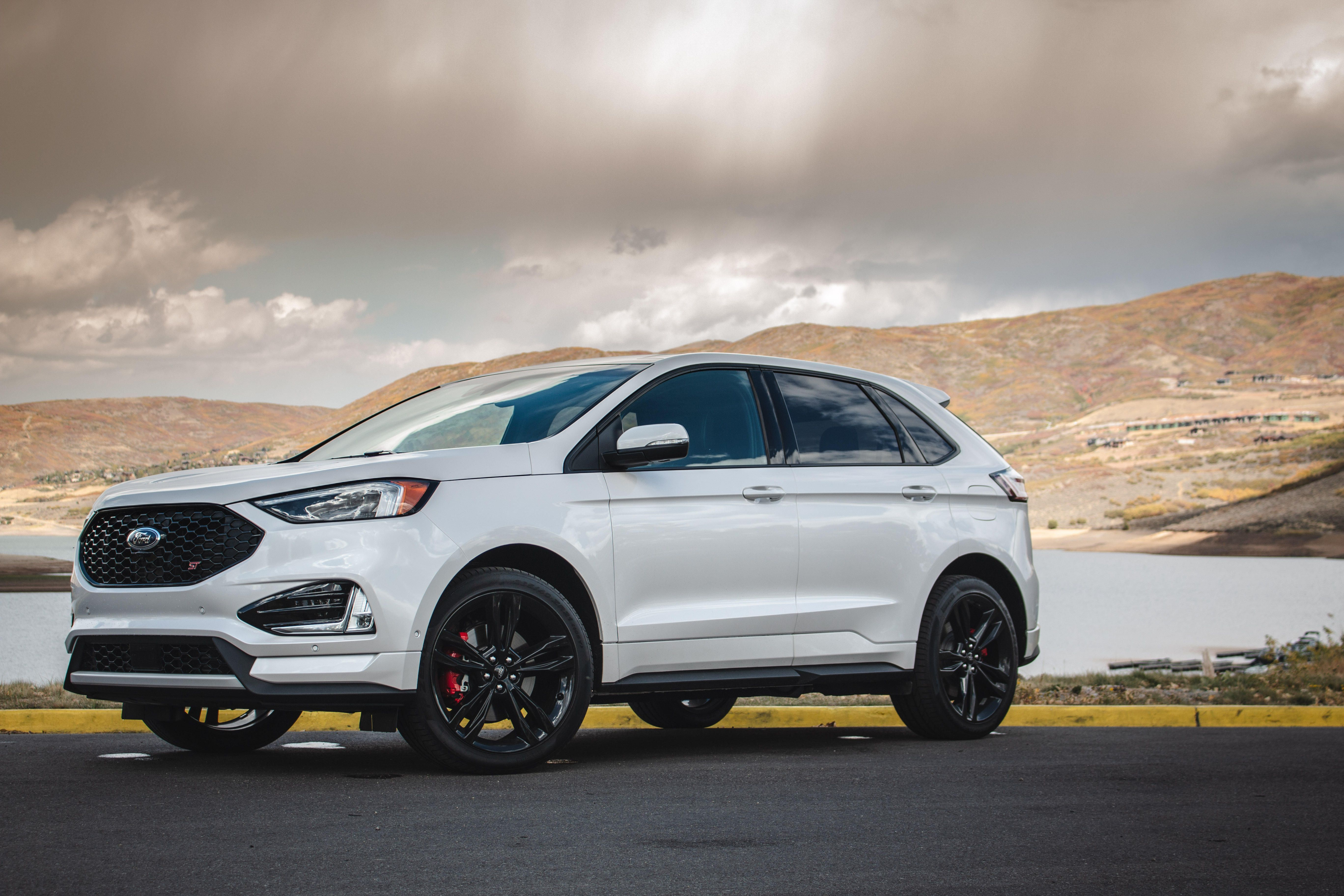 2019 Ford Edge St First Drive Review Potent And Practical Ford Edge Ford Edge Sport Ford Suv