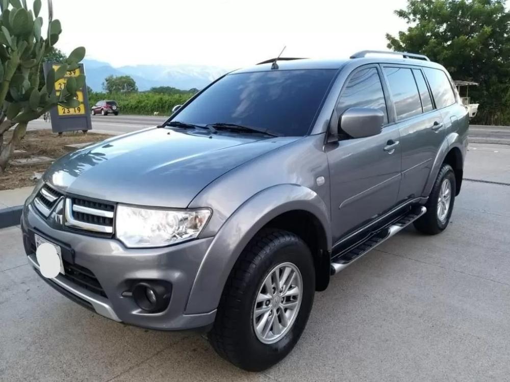 Camioneta Mitsubishi Nativa Modelo 2014 4x4 Venta De Carros En Guatemala Camionetas 4x4 Llantas Nuevas
