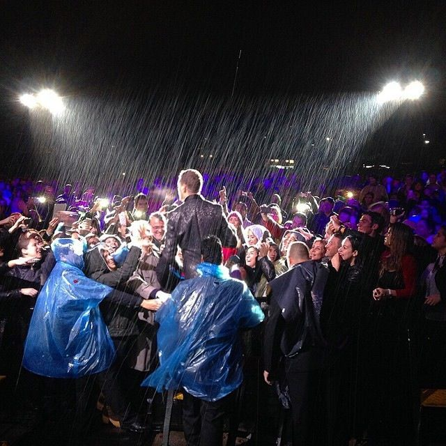 Wind, rain, sleet or snow. I'm gonna sing wherever l go. Buenos Aires 14/09/2014