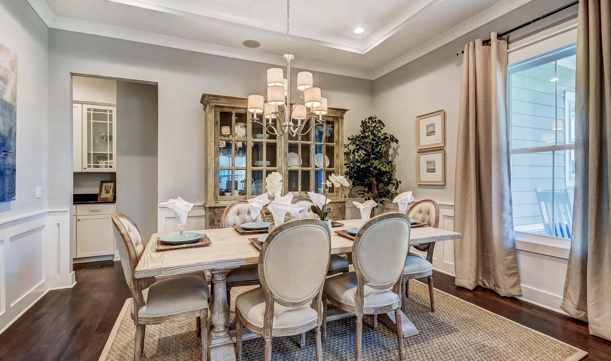 Hampton Lake Ravenna Loft Dining Room 2 (