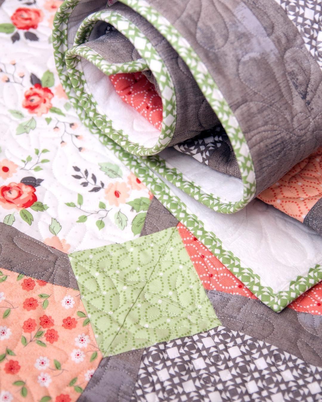 196 Likes, 10 Comments - Vanessa Goertzen (@lellaboutique) on ... : easy breezy quilt pattern - Adamdwight.com