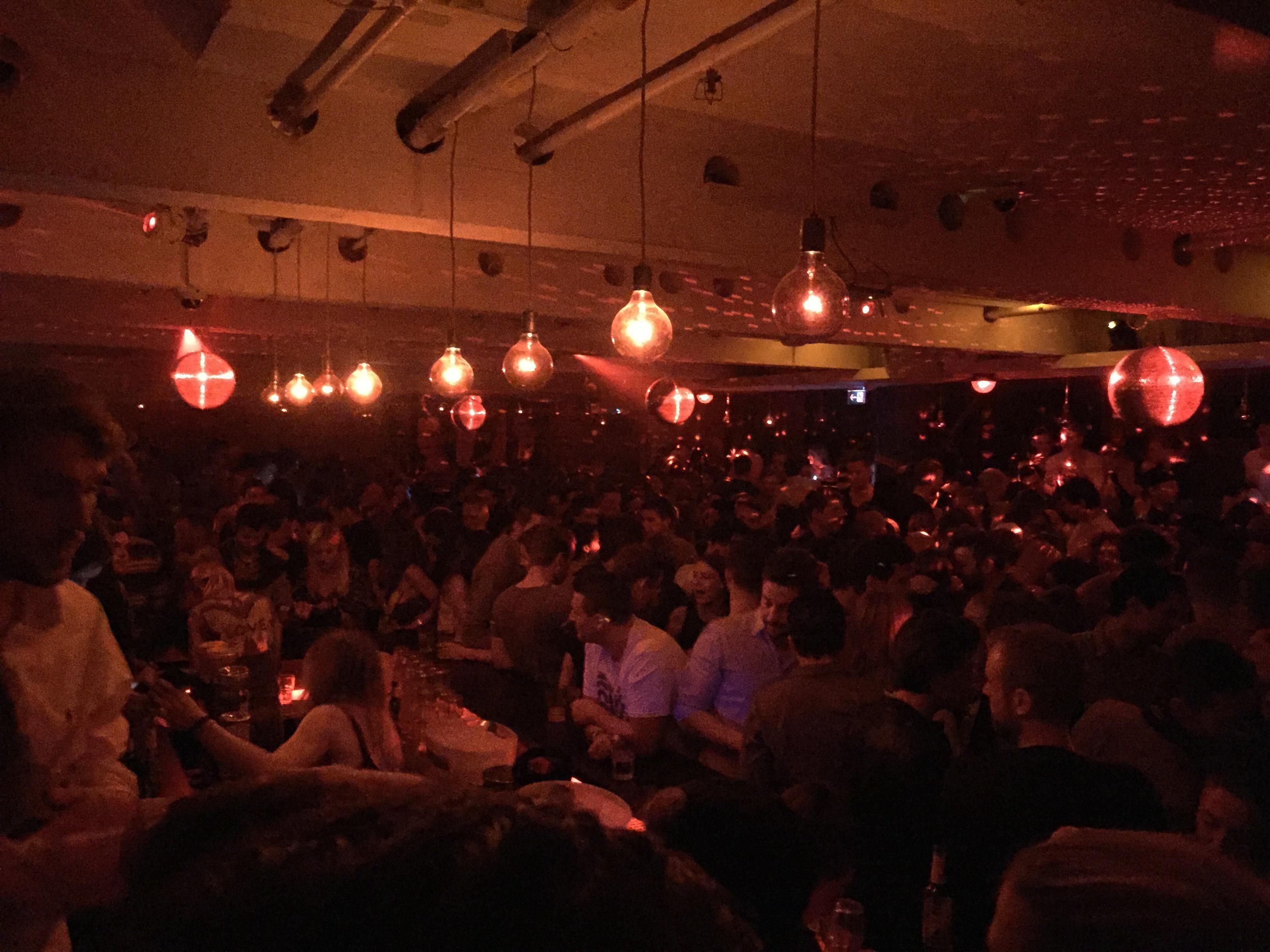 Bar im 089-Bar in München. Lust Restaurants zu testen und ...