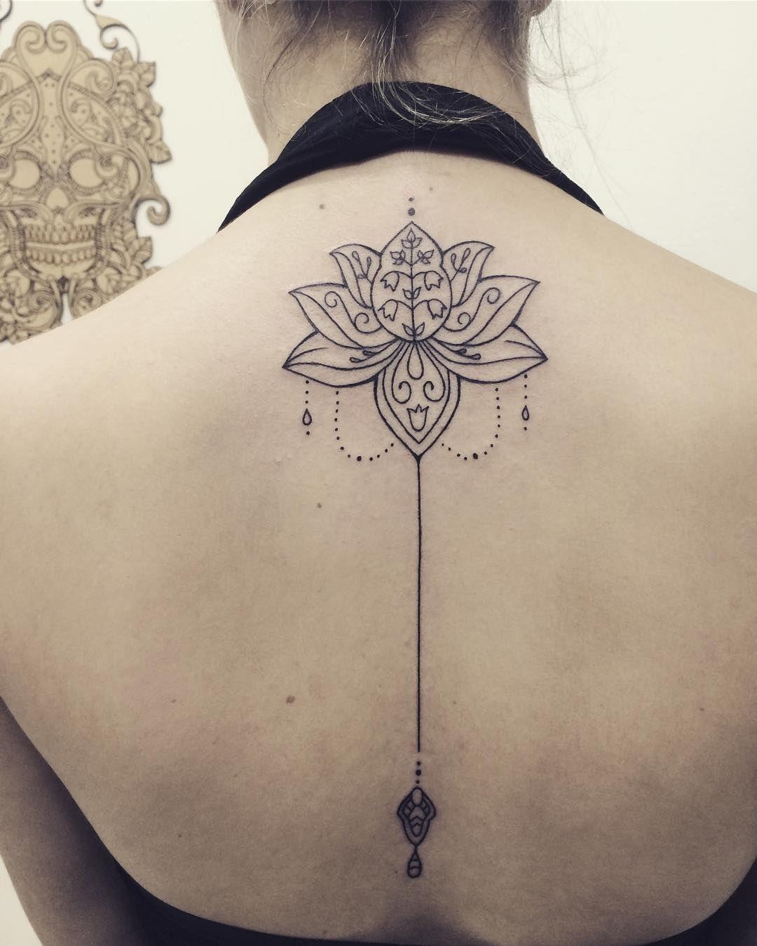 15 Diseños De Pequeños Tatuajes Femeninos Que Te Harán Lucir Aún Más