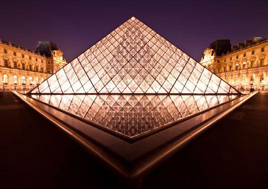 La Pyramide Inversee @Paris, France