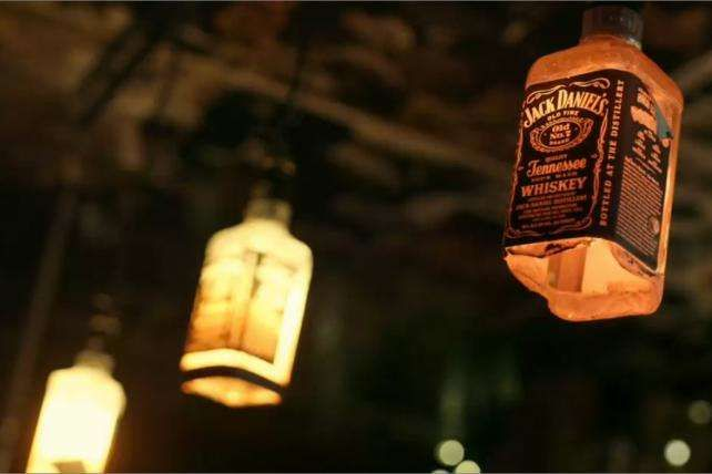 Jack Daniel's Digital Campaign Takes It To The Bars