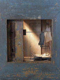 Box sculpture - by Peter Gabriëlse - 108-35 | by Kotomi_