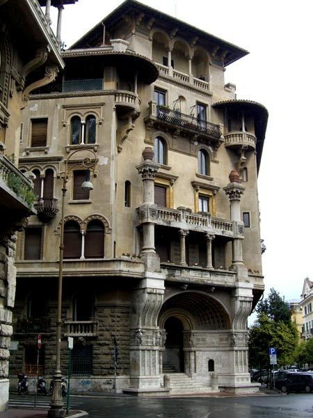 Mistakenly identified on the web as Palazzo Berri Meregalli (1913). Via Cappuccini/via Vivaio. Milan, Lombardy this is actually one of the Art Nouveau buildings at  Piazza Mincio a Roma, quartiere Coppedè.