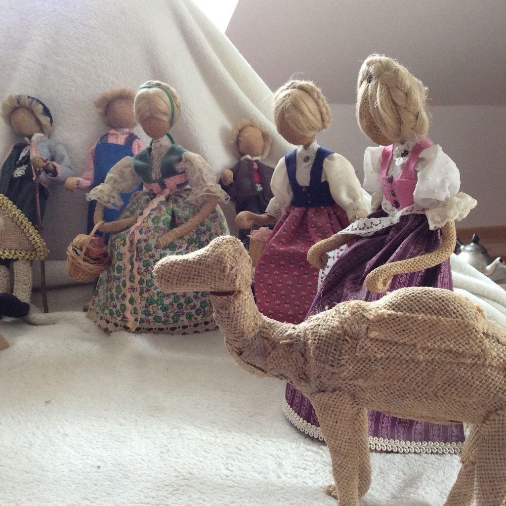 biete hier 12 puppen aus jutestoff in liebevoller handarbeit gefertigt und 1 kamel f r die. Black Bedroom Furniture Sets. Home Design Ideas
