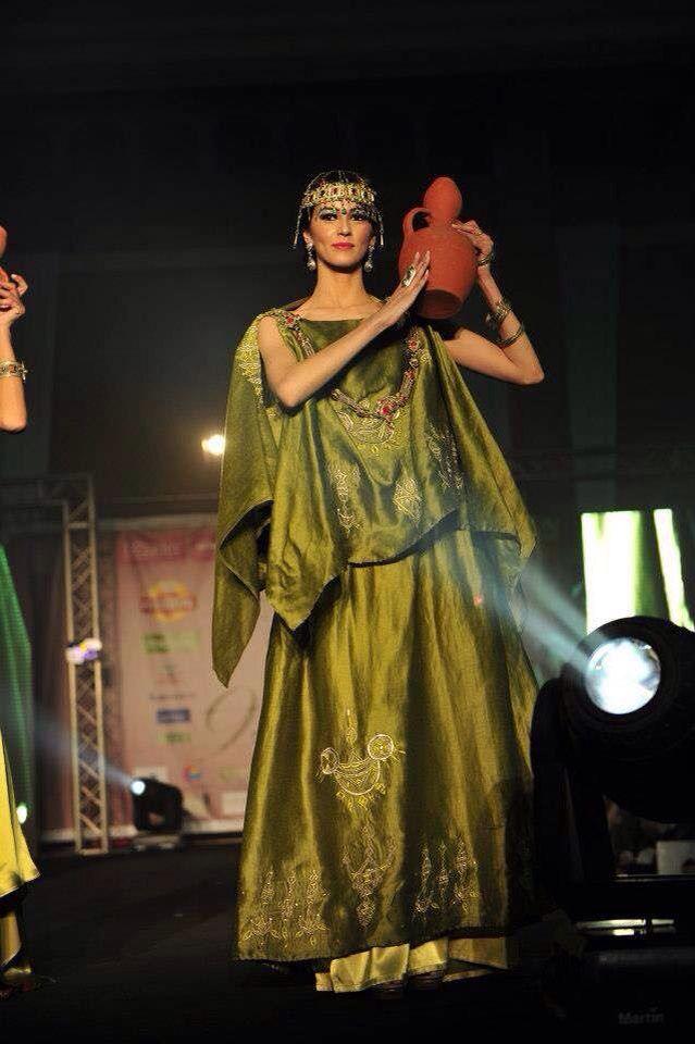 Algerian Fashion: green chaoui dress
