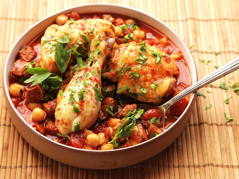 30 Minute Pressure Cooker Chicken With Chickpeas Tomatoes And Chorizo Recipe Recipe Pressure Cooker Chicken Easy Chicken Recipes Chorizo Recipes