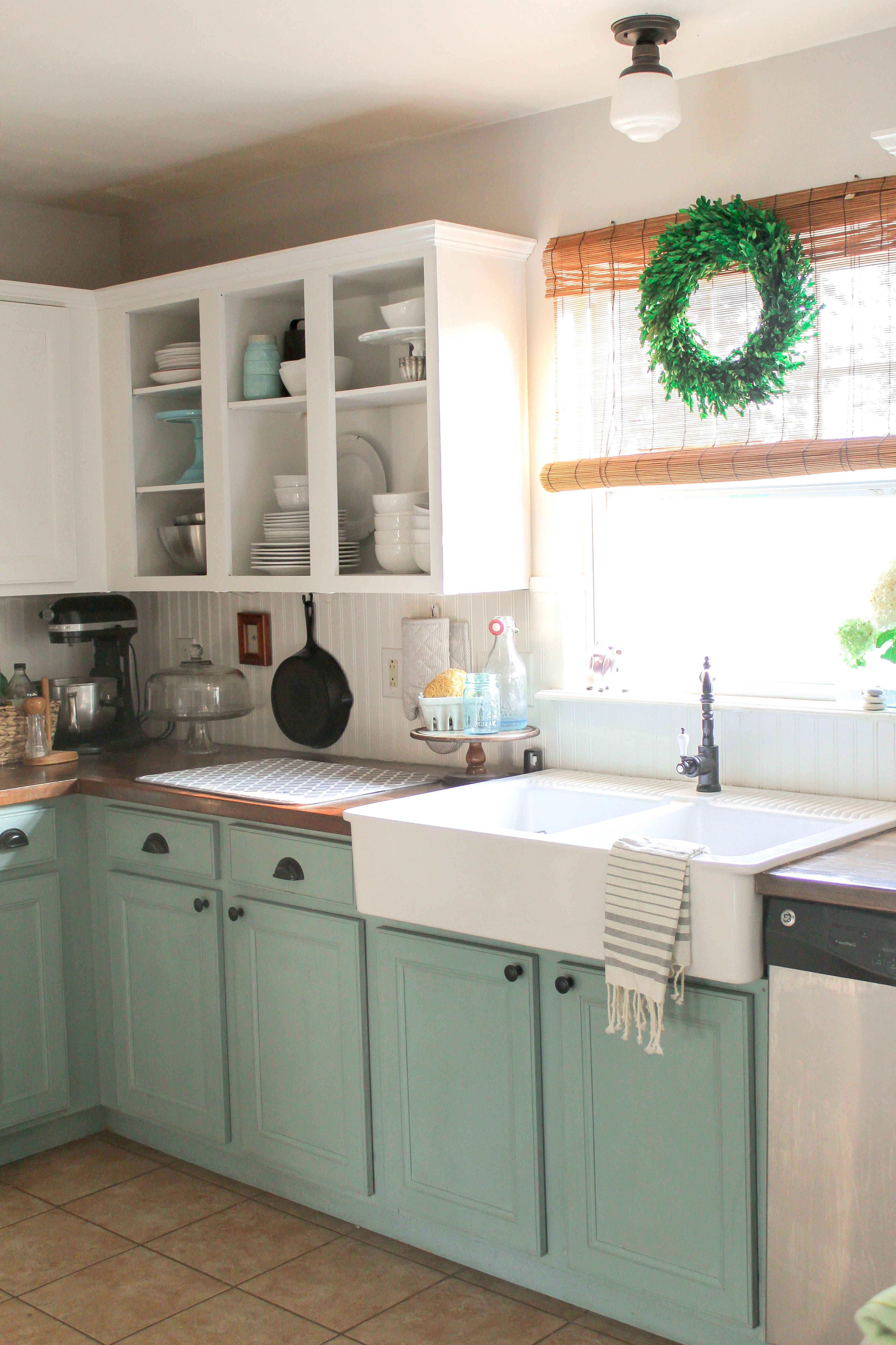 Best Antique White Kitchen Cabinets Beautiful Chalk Painted 400 x 300