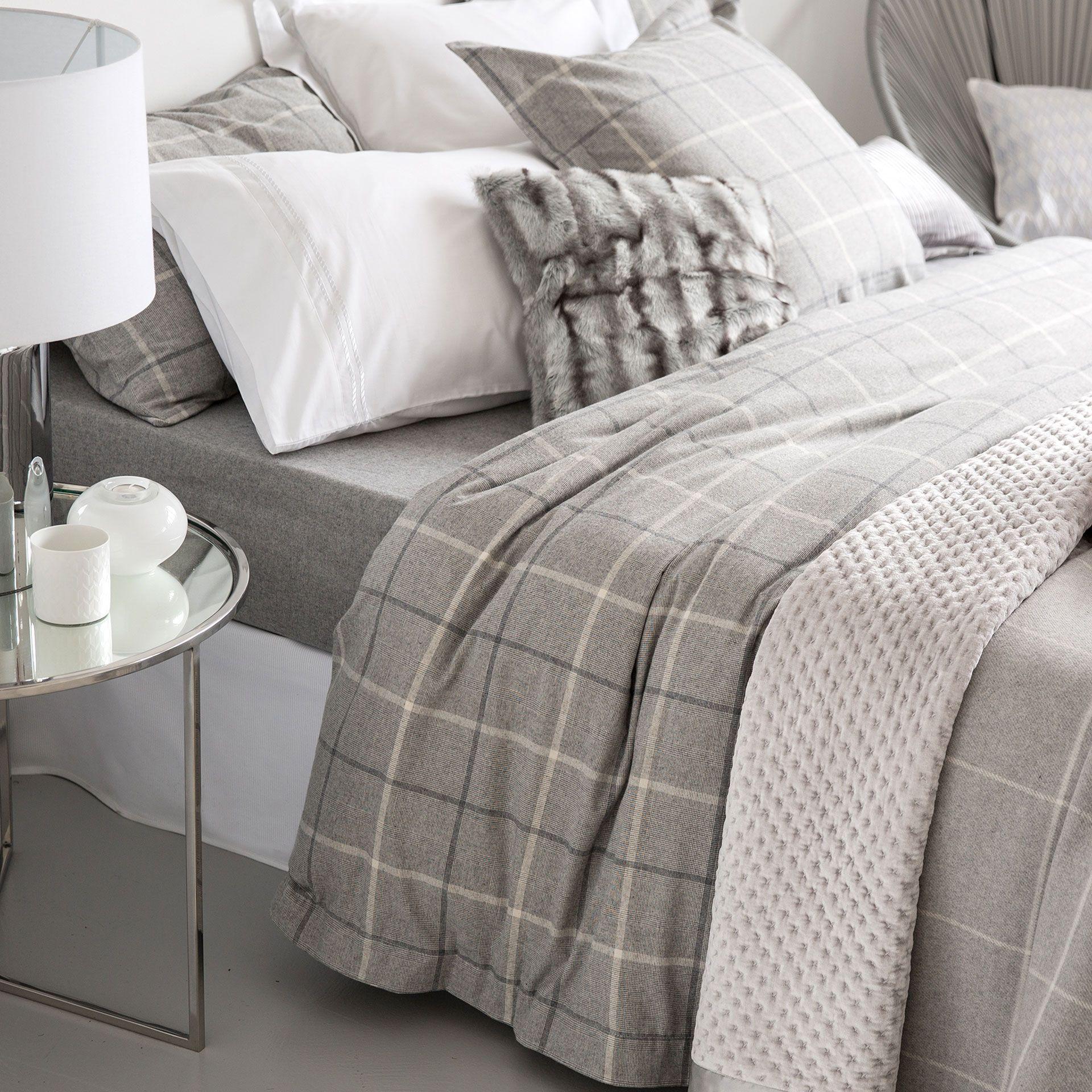 Karierte Bettwasche Aus Flanell Bettwasche Schlafen Zara Home