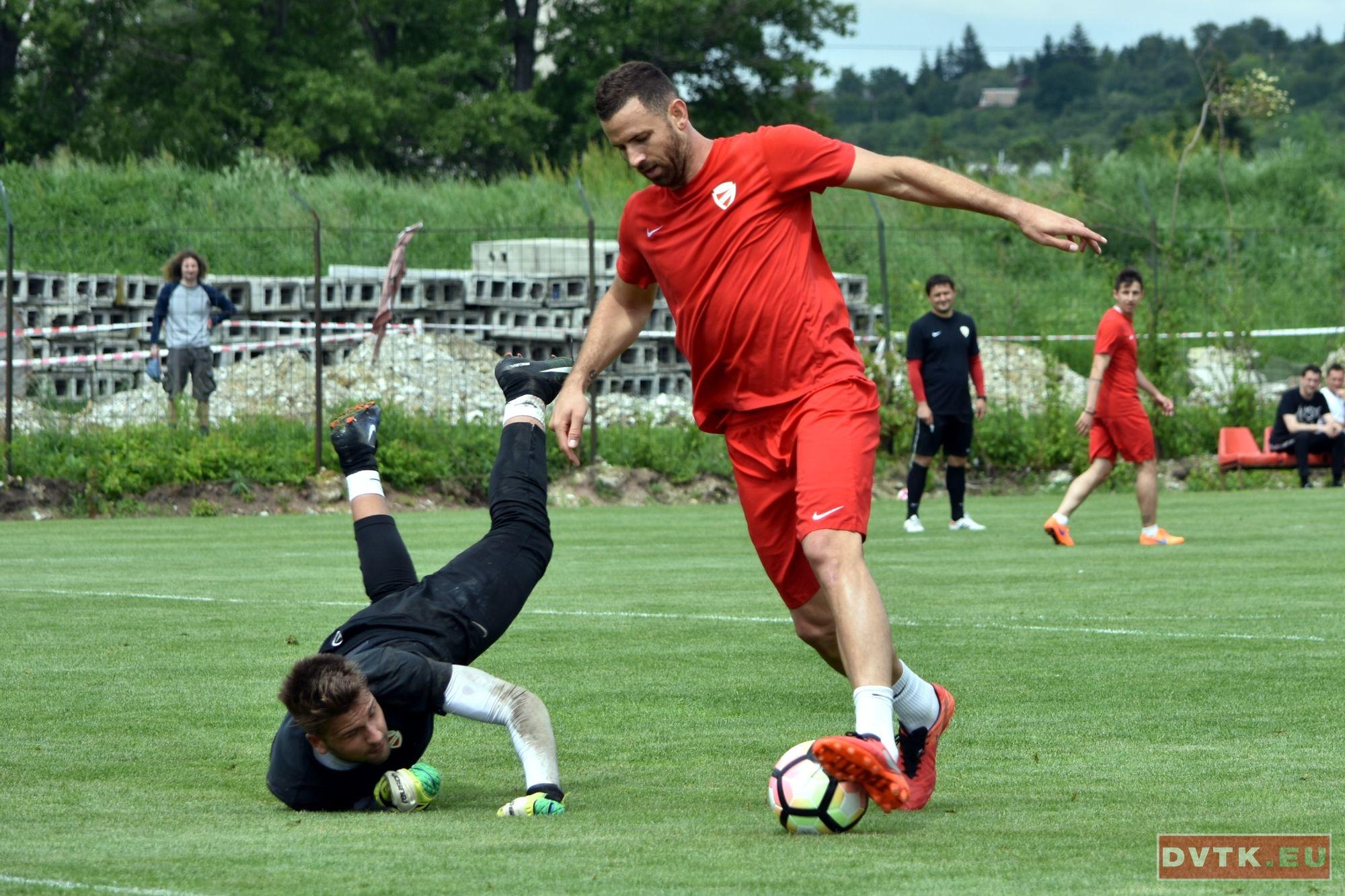 Busai Attila kihagyja a kihagyhatatlant Go Ahead Eagles vs ...