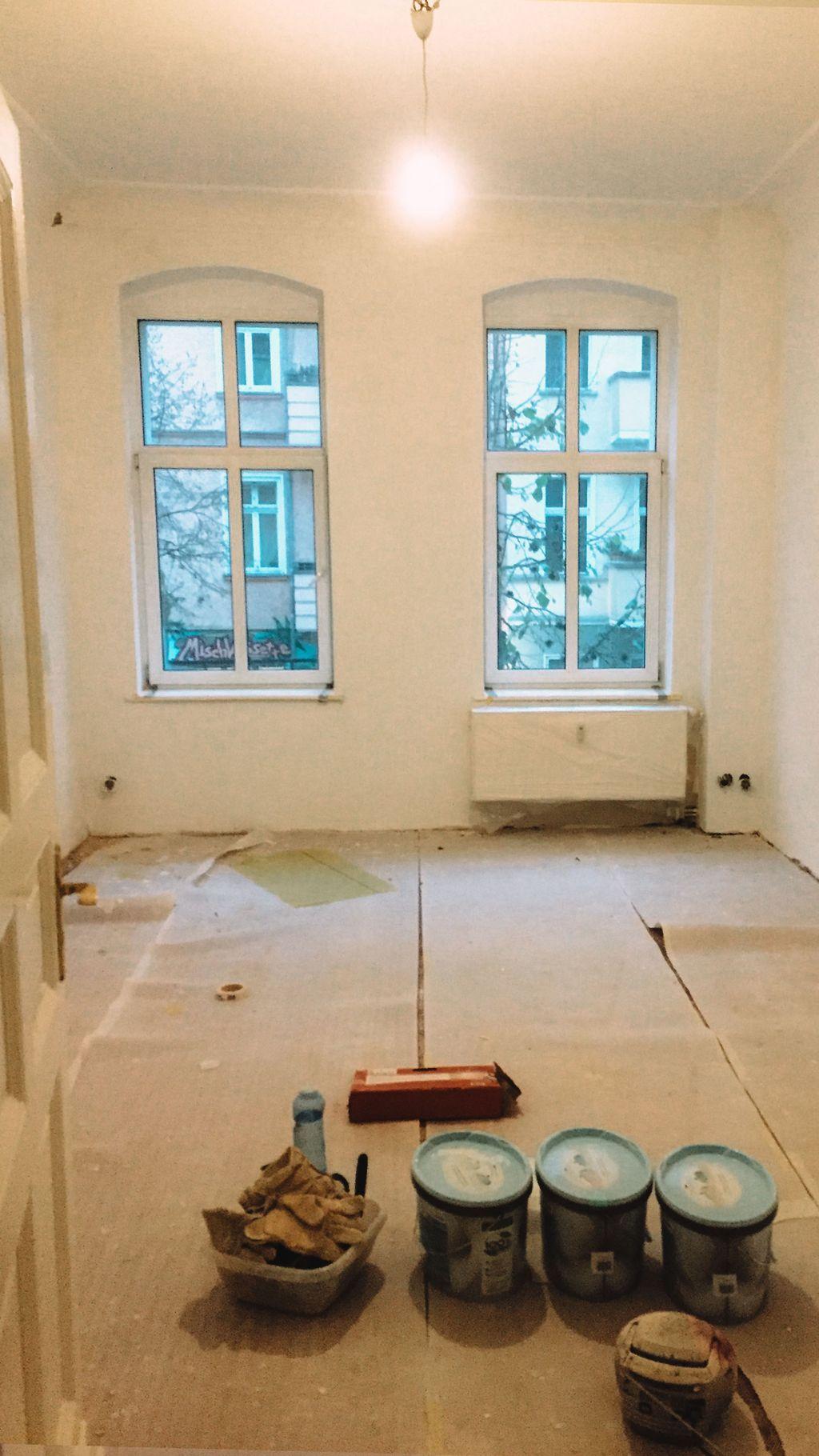 Ich bin in eine neue Wohnung gezogen! Dieses neu Beziehen wollen, hatte ziemlich viel Arbeit mit sich gebracht. Wir haben es mit vereinter Kraft geschafft