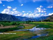 Motuo    http://www.chinatravel.com/focus/best-of-china/top-hiking-destination.htm