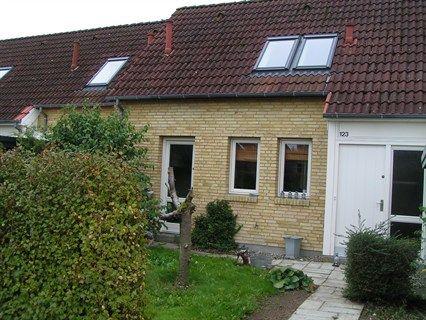 Væbnerhatten 123, 5220 Odense SØ - Dejligt rækkehus tæt på Universitet og Rosengårdcentret