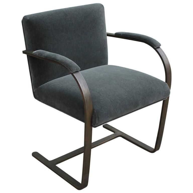 Rare Bronze Flat Bar Brno Chair By Mies Van Der Rohe | From A Unique  Collection Of Antique And Modern Chairs At ...