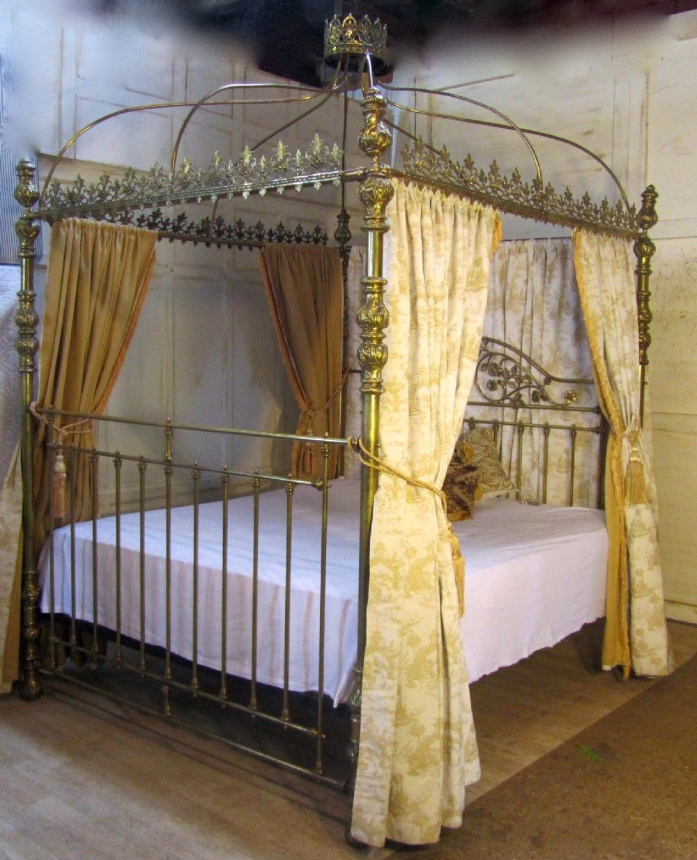 Victorian Brass Four Poster Super Kingsize 6ft Double Bed